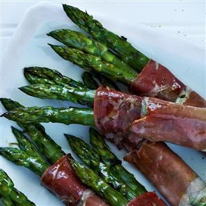 12 asparagus stalks (about 1 pound), trimmed 1 tablespoon olive oil 1 ...