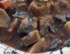 Burgundy Mushroom Stew   WizardRecipes