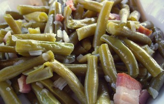 Green Beans with Portobello Mushrooms and Bacon