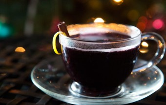Mulled Wine with Honey and Orange