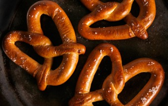 SOFT PRETZELS WITH HICKORY SMOKED SALT