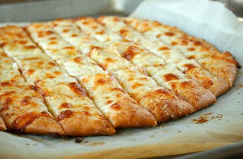 Garlic Cheese Breadsticks   WizardRecipes