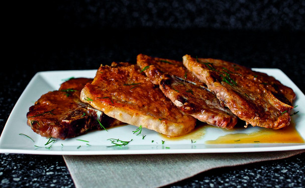 Pork Chops with Cider, Horseradish and Dill | WizardRecipes