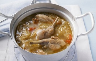 Rabbit Soup with Garlic and Peppers