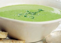 Green Pea Soup with Spinach