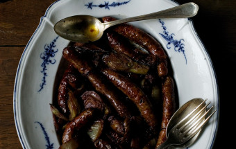 ROASTED SAUSAGES with RED WINE and FENNEL