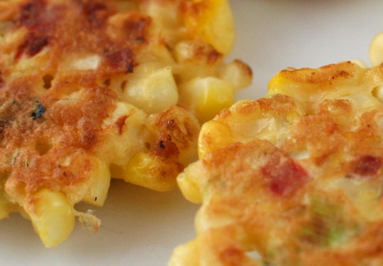 DELICIOUS CORN FRITTERS | WizardRecipes