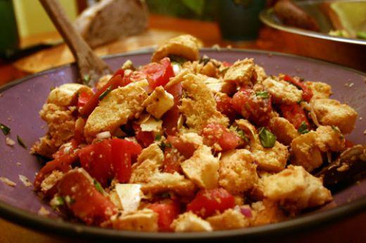 Tomato and bread salad | WizardRecipes
