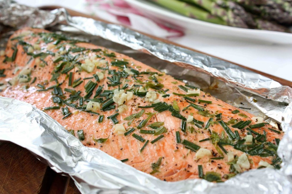 Salmon baked in foil wizardrecipes for Broil fish in oven